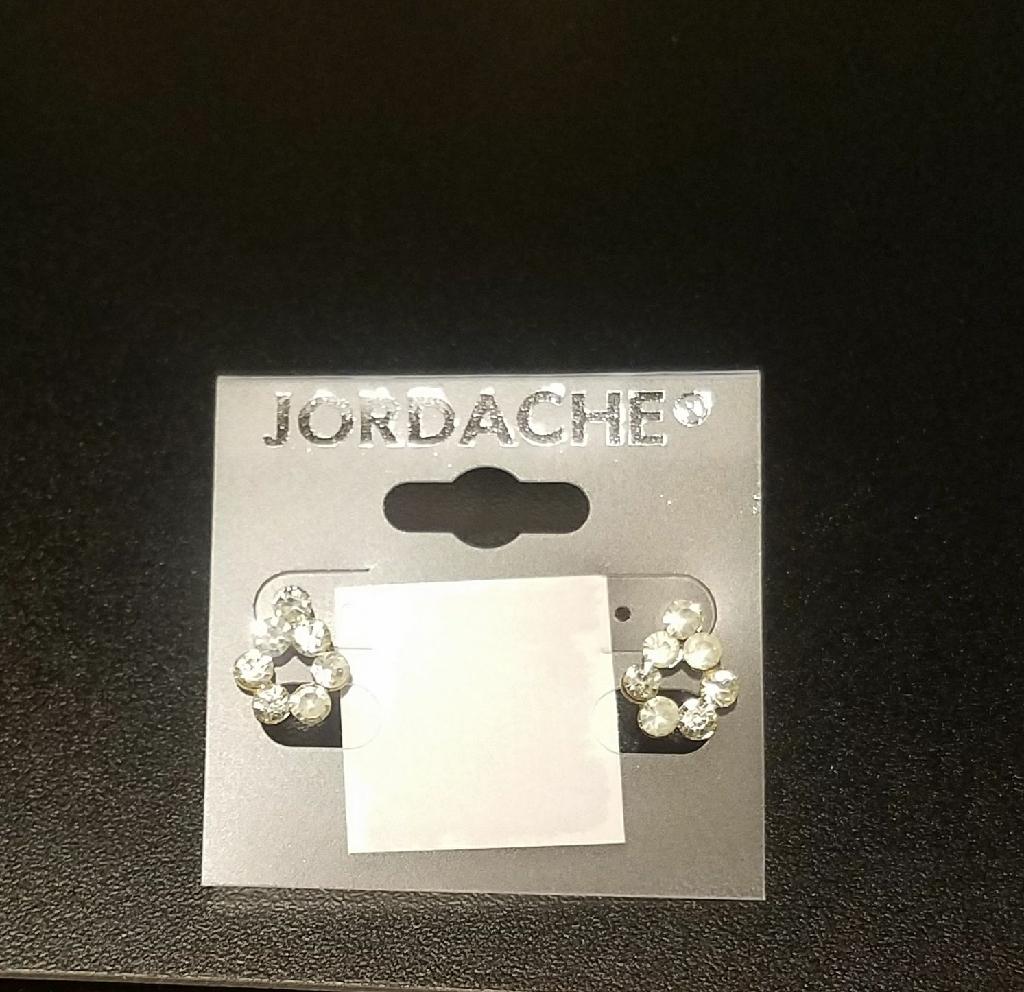 New tear drop white stone earrings
