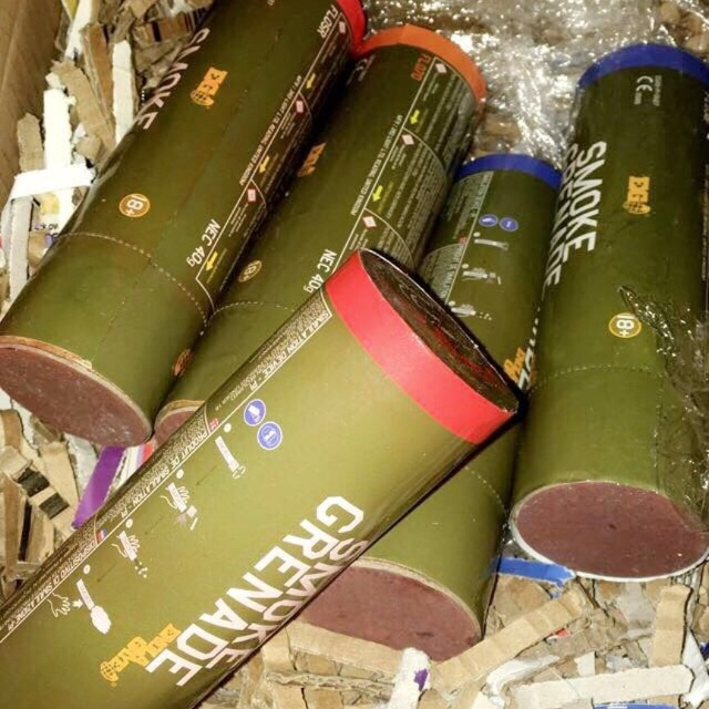 Smoke Grenades [2 for £15]
