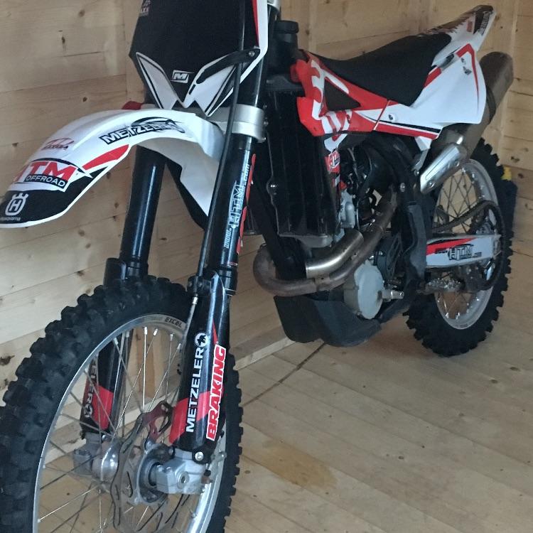 Husky 250 motocross