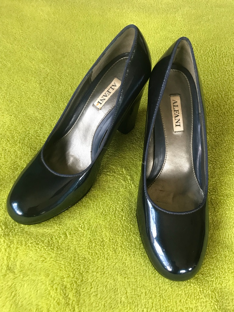 Blue Patent Leather Pumps - size 6