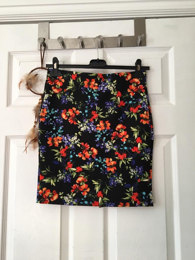 Floral Tube Skirt size 8
