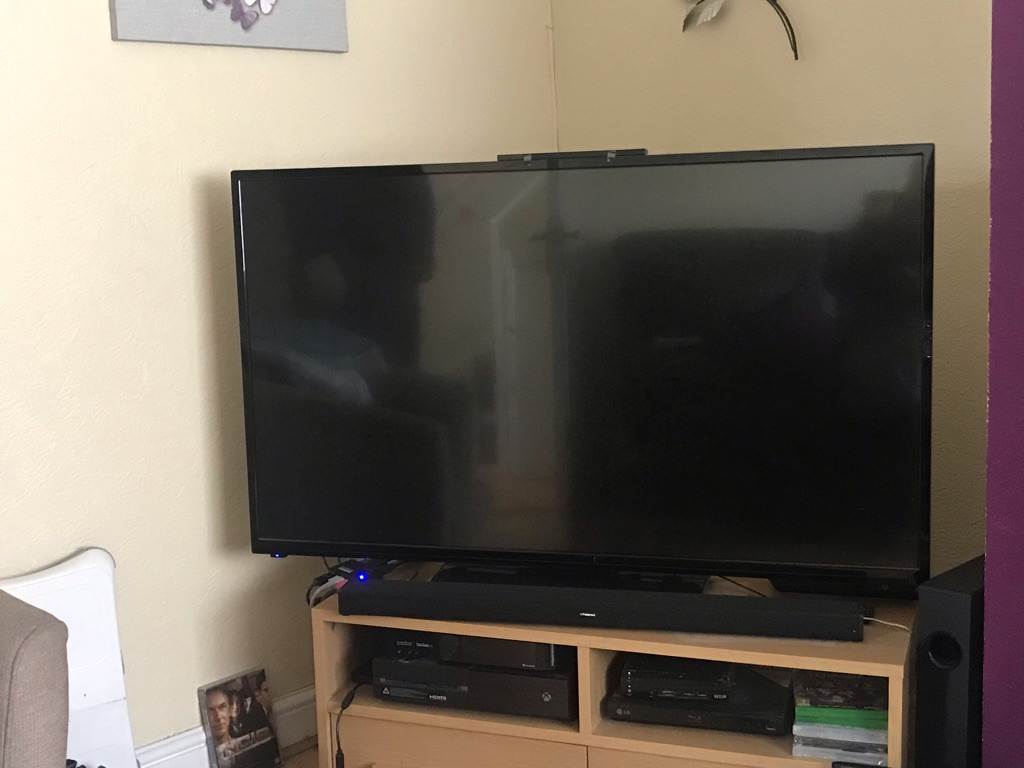 Digihome 50 inch tv