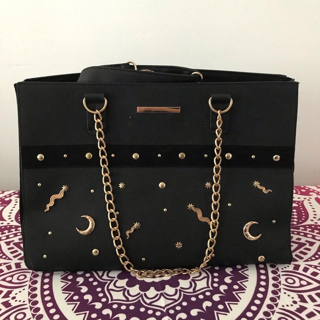 Black bag shooting stars