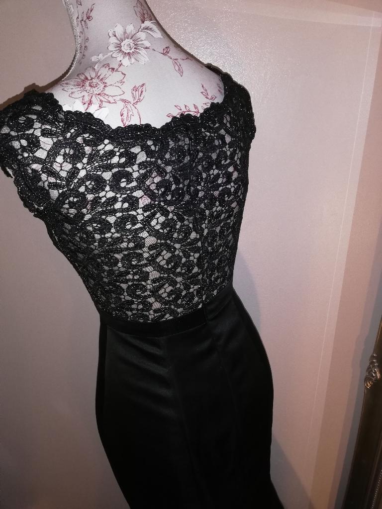 Size 6 formal dress