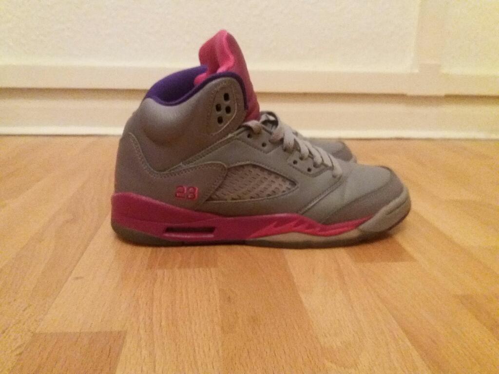 Nike Air Jordan 5 Retro Girls Size 4 UK