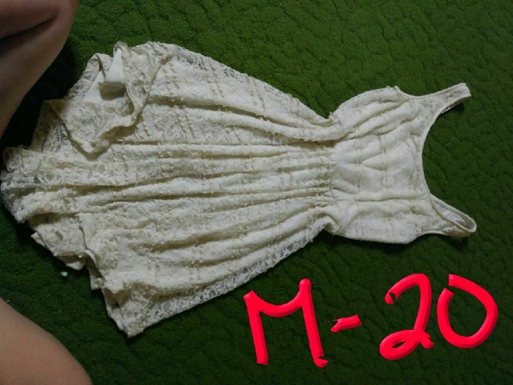 Dresses/skirt
