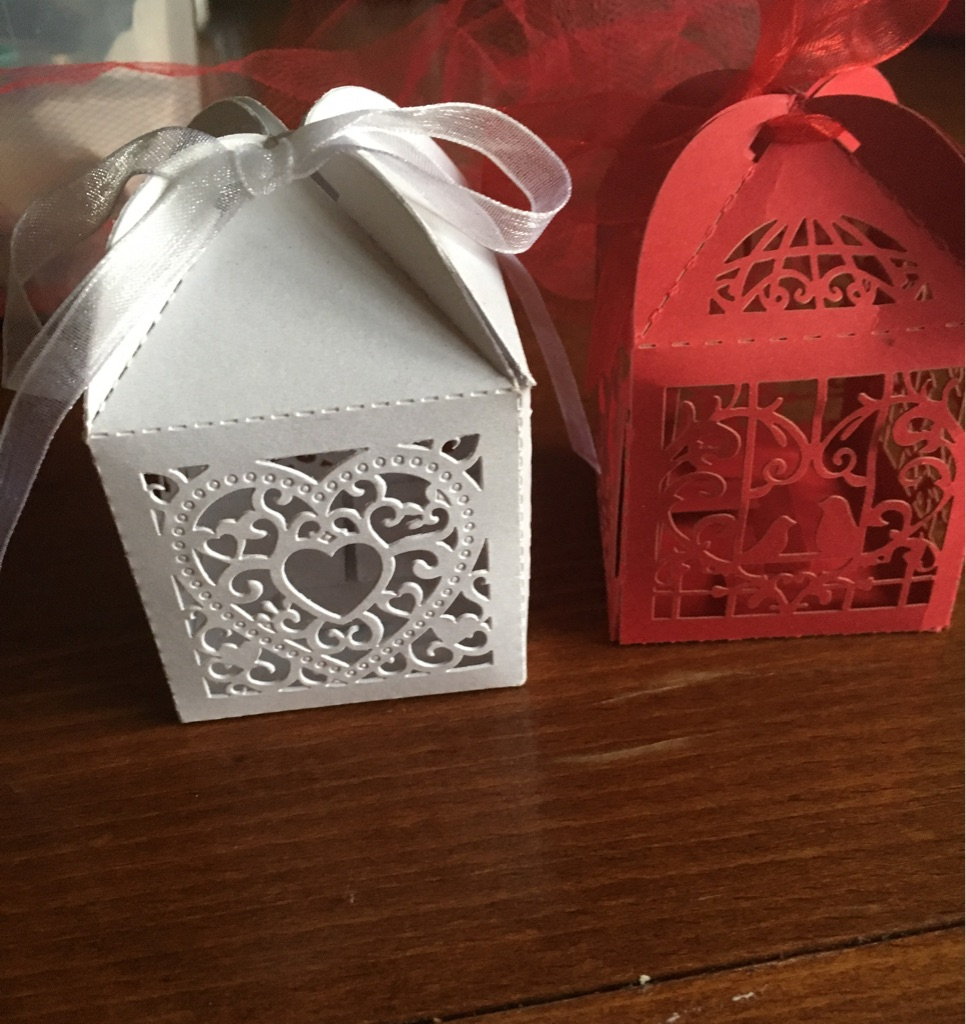 Wedding favour boxes filled with wax melts