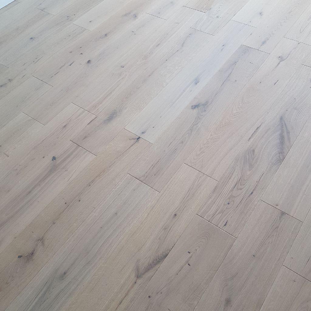 Natural Oak Engineered Floor