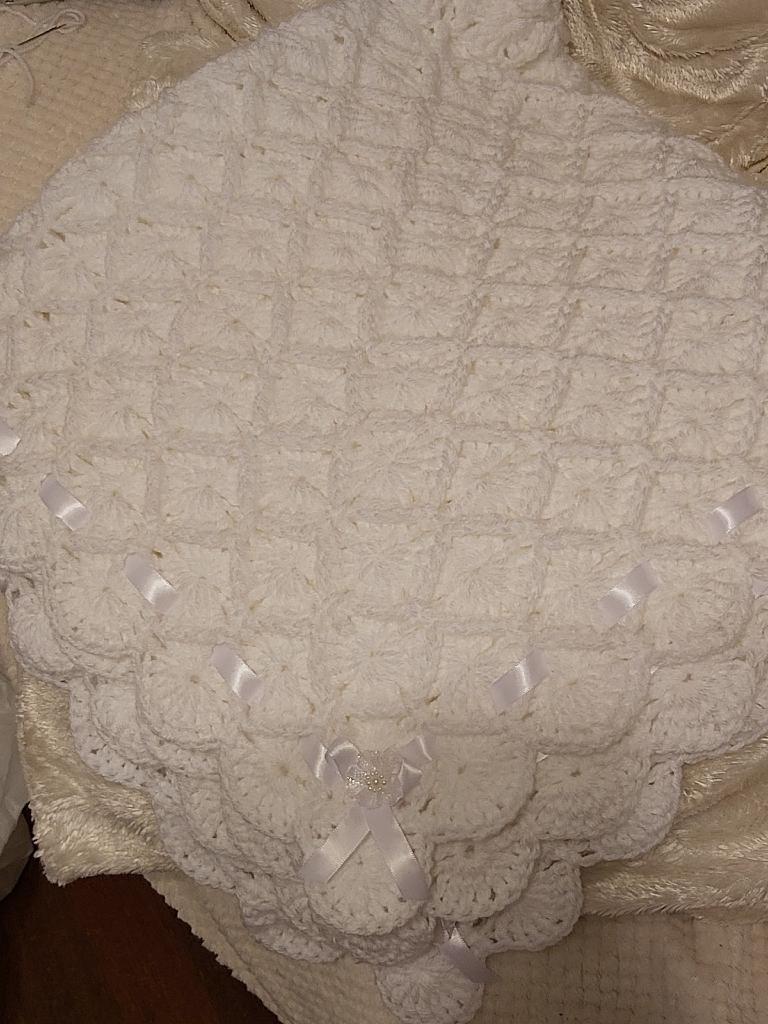 Babys shawl/blanket