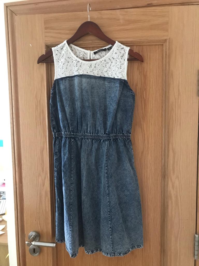 Women's dress UK14-16