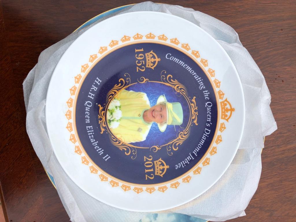 Princess Diana & Queen Elizabeth plates