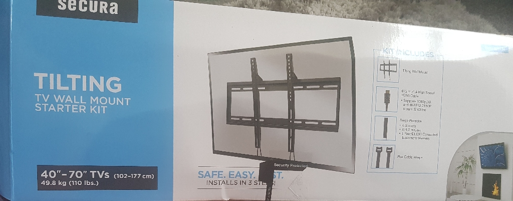 Samsung 43 inch tv and wall bracket