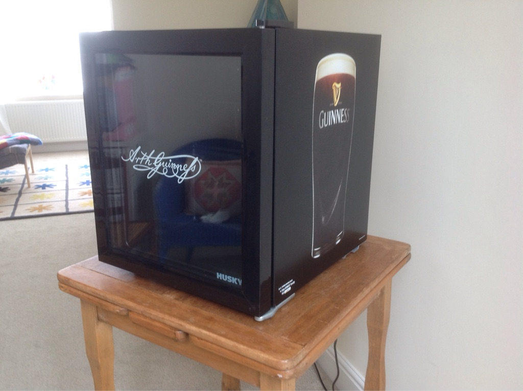 'HUSKEY' Guinness Table Top Fridge