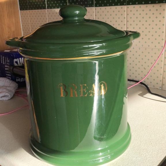 Green bread bin