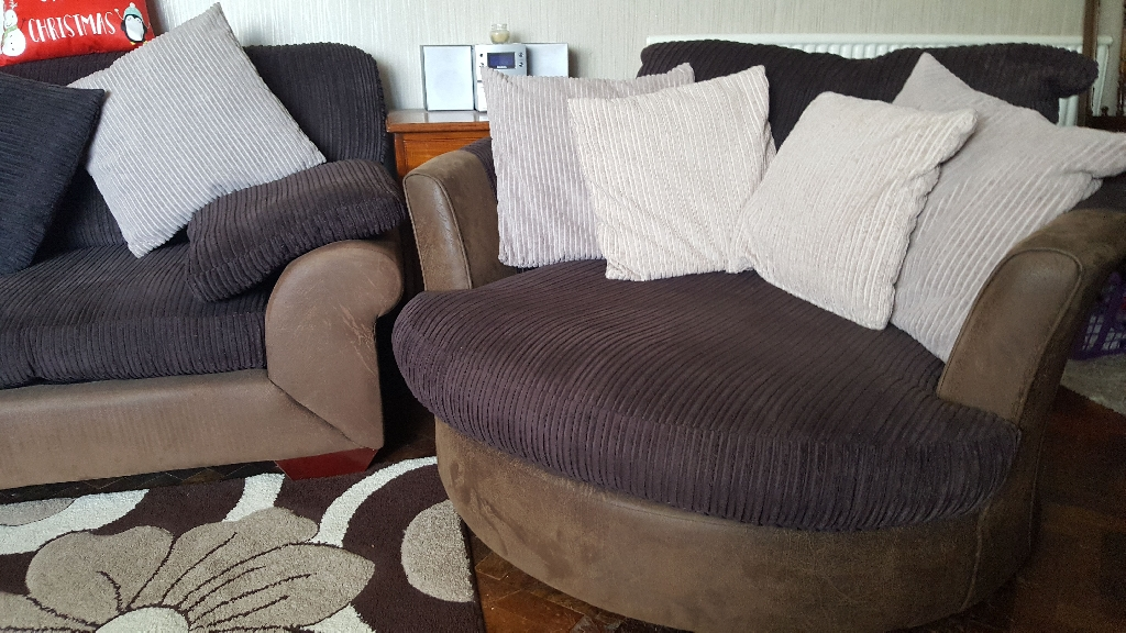 Large sofa and 2 cuddle twister chairs