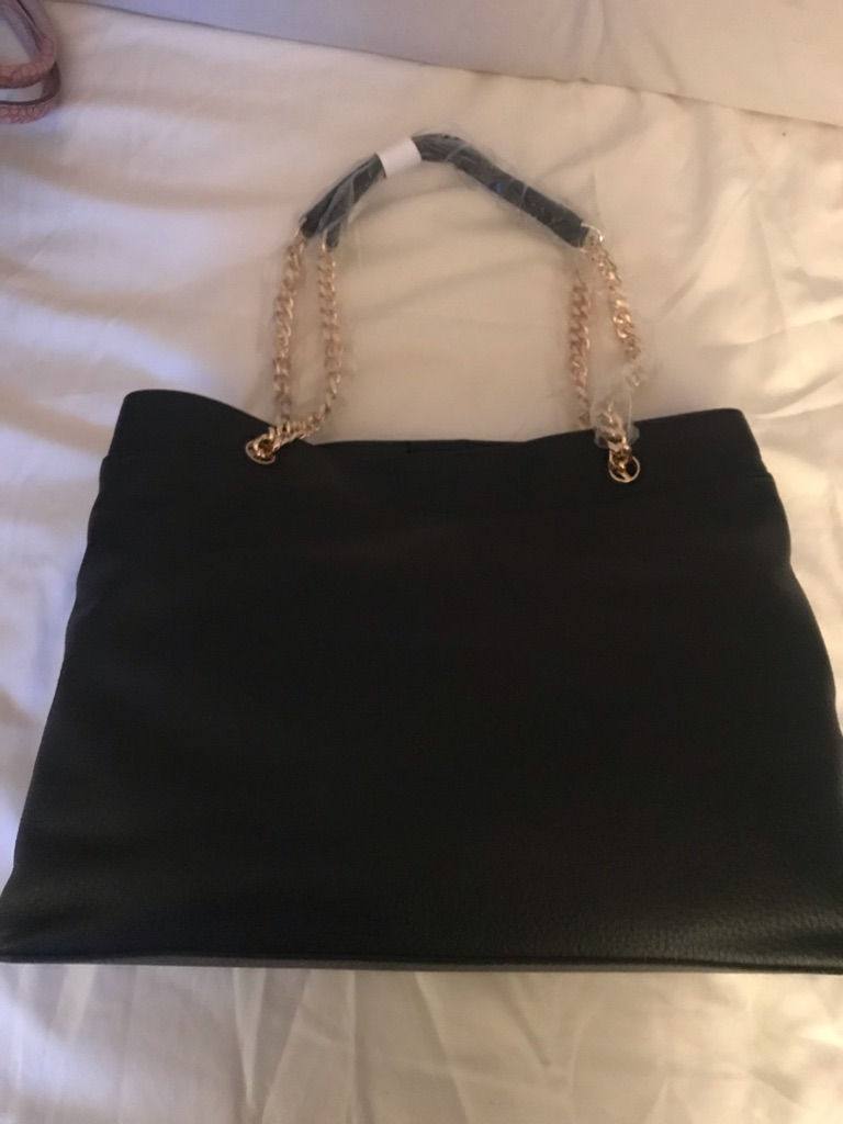 Black big tote bag
