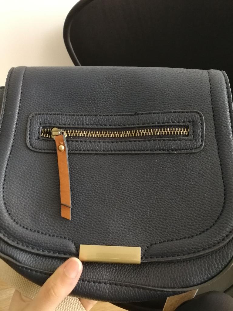 Accessorize cross body bag
