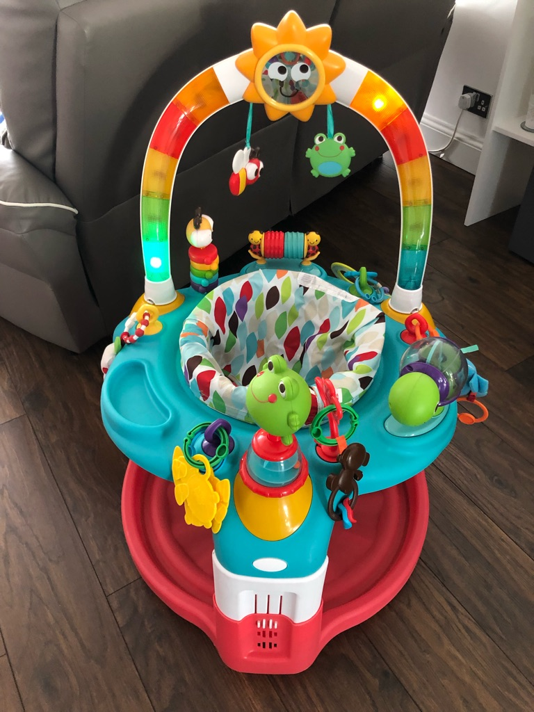 Bright starts activity gym 2 in 1