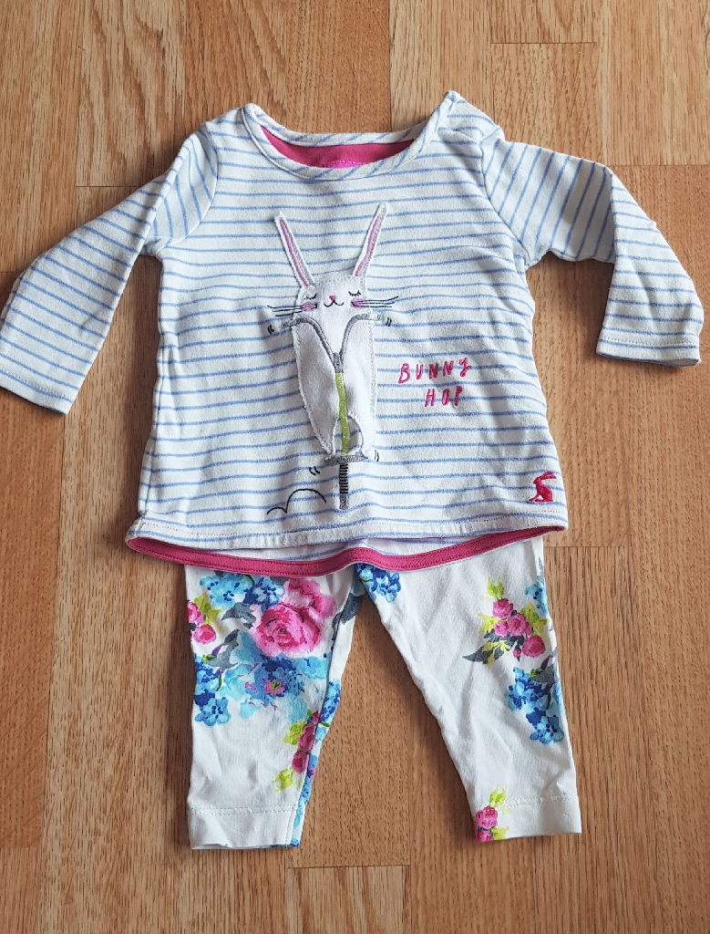 Large bundle new born to 3 months clothes