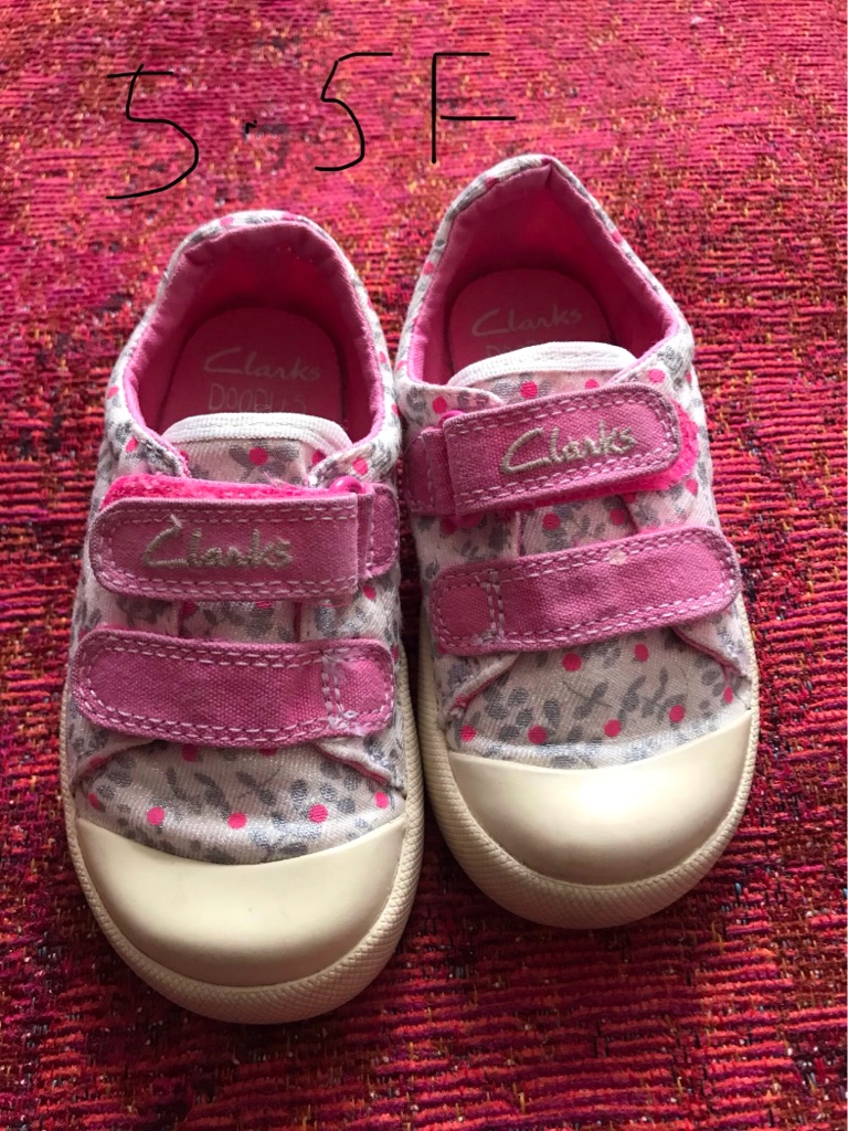 Infants Trainers Size 5.5F
