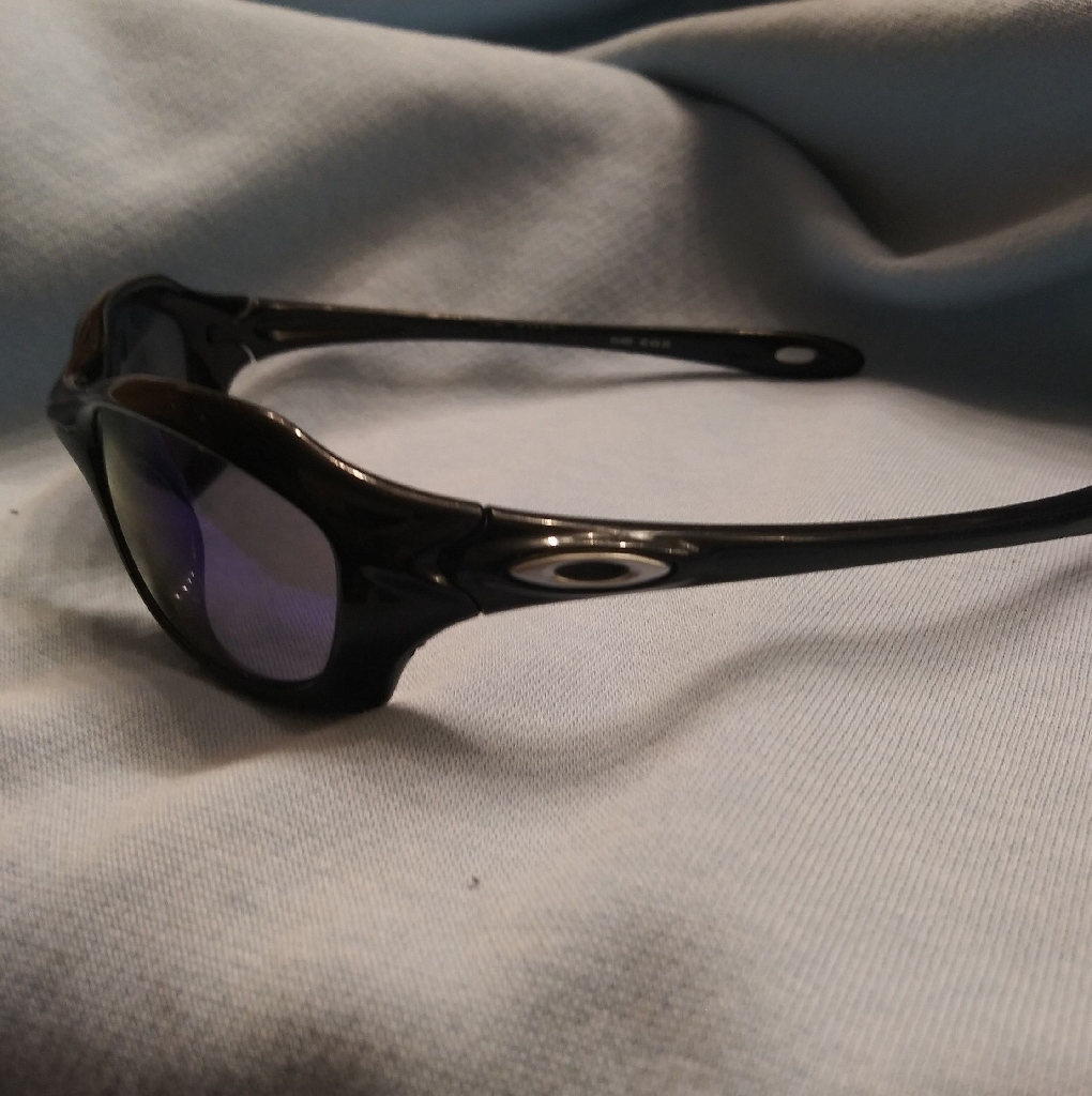 ** Oakley Youth's XS Fives (And out of stock anywhere else online) **