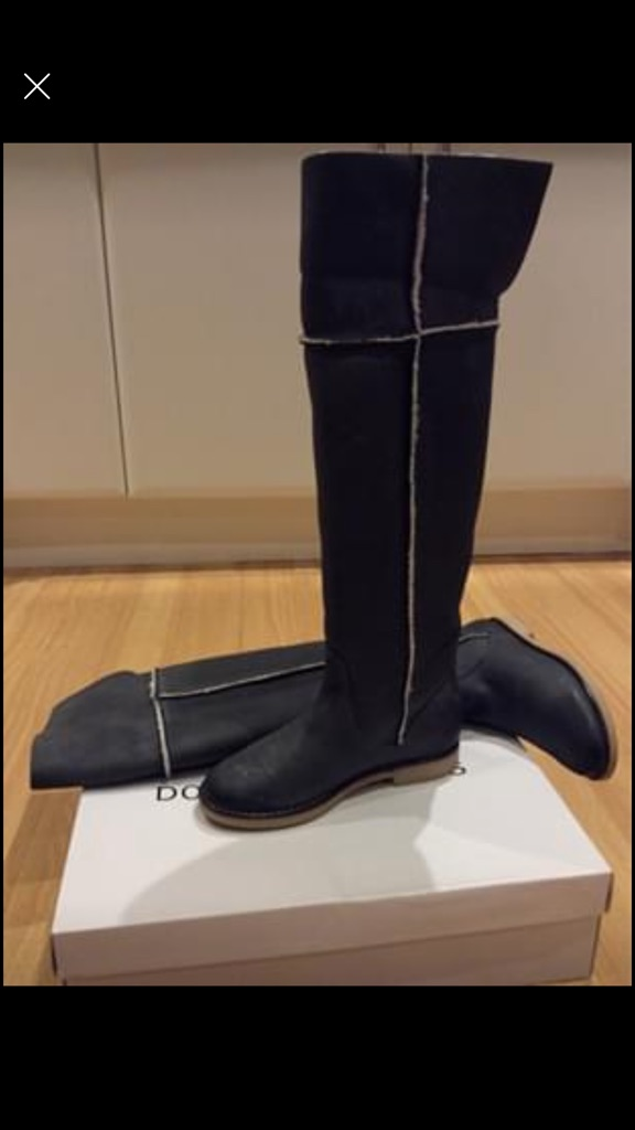 Long knee leather boots size 3 insulated with sheep skin