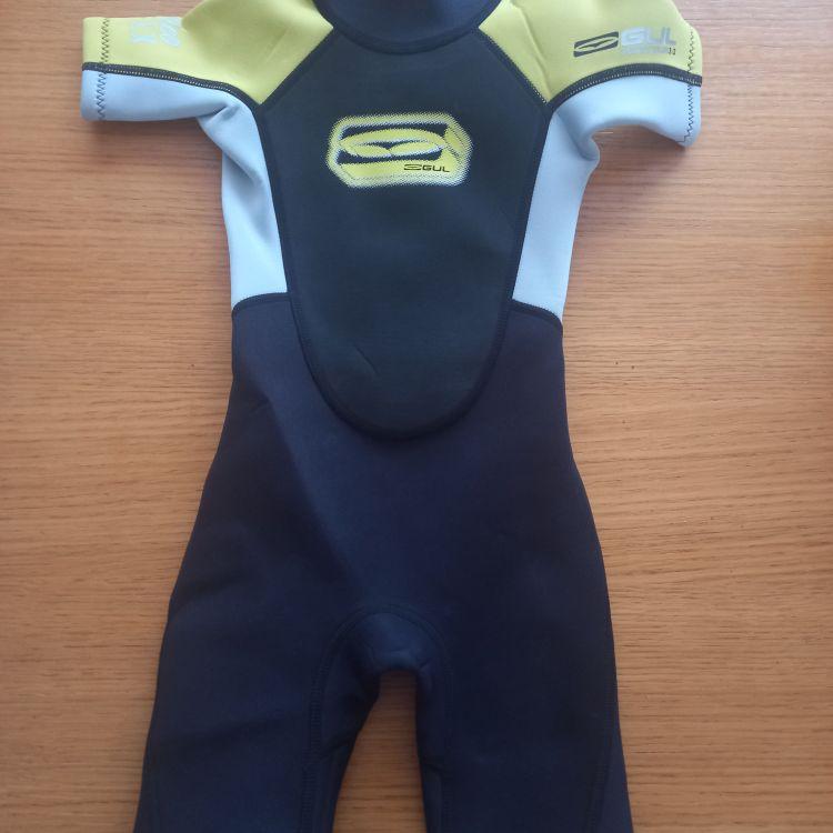 Childrens wet suit