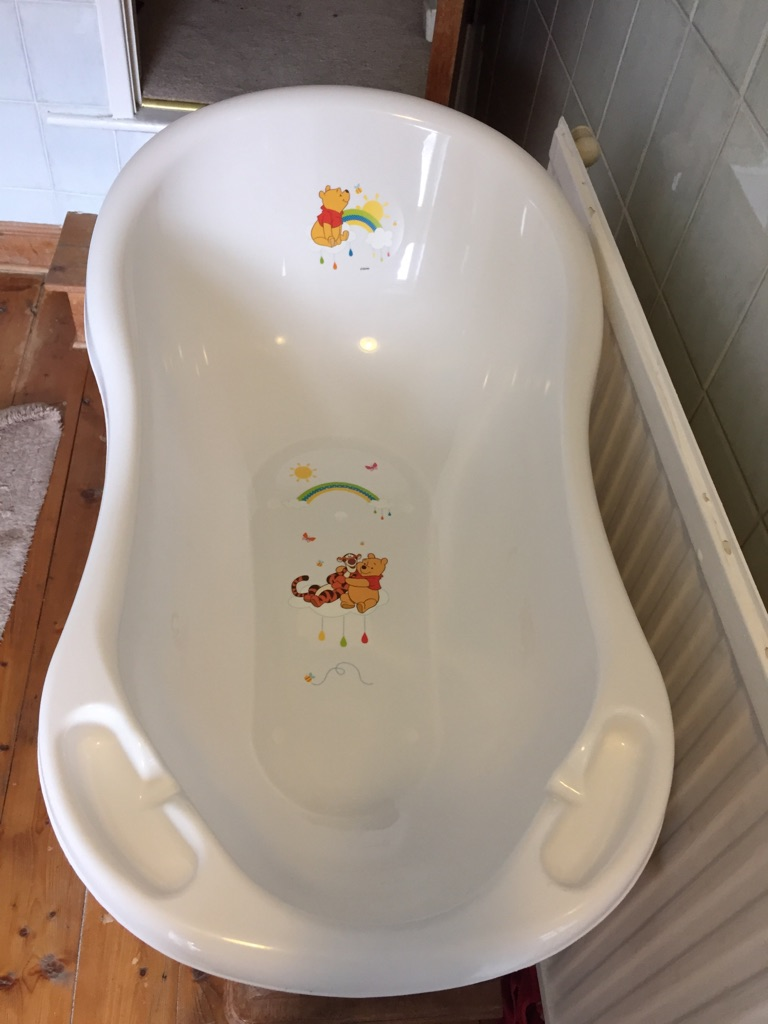 Winnie the Pooh baby bath