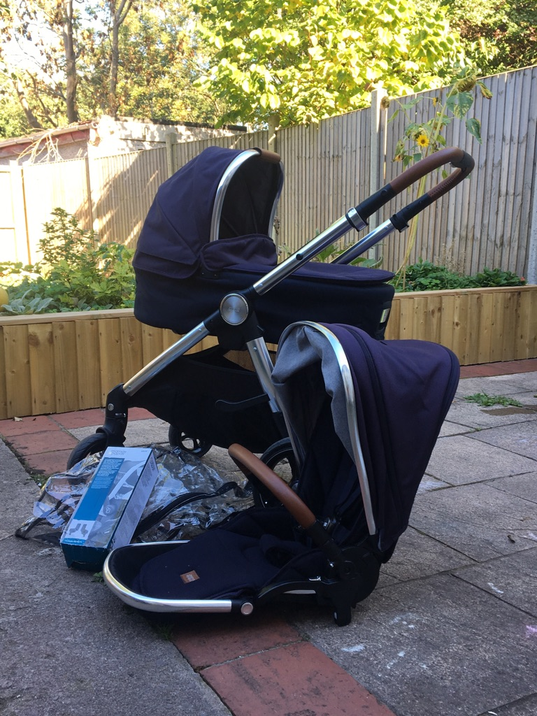 Ocarro mamas and papas carrycot and pushchair navy