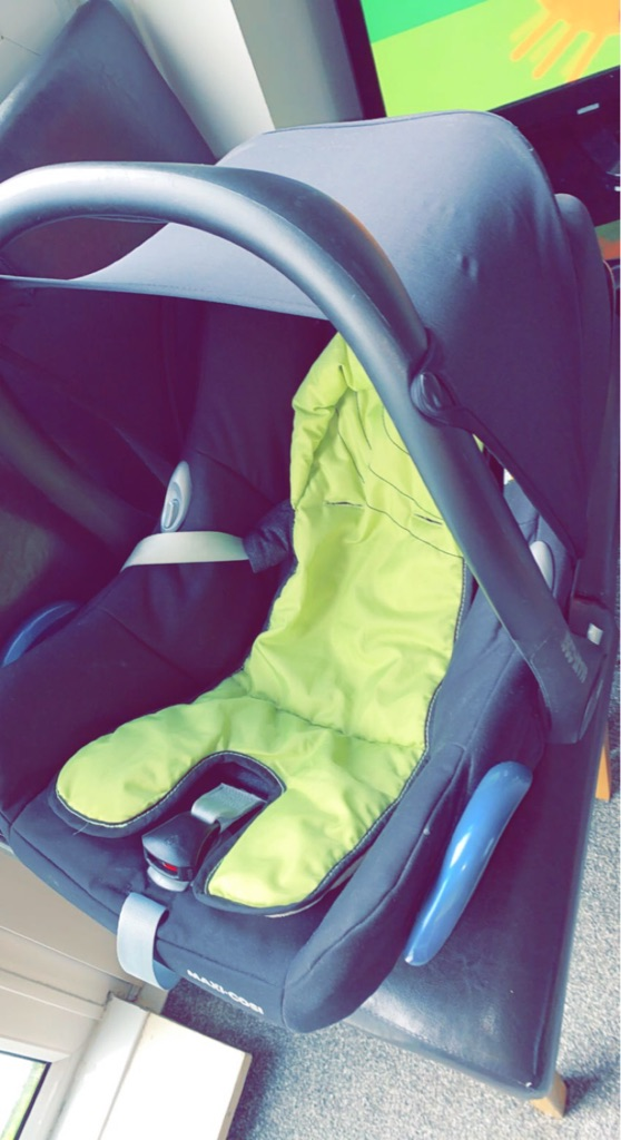 Baby Car Seat 🚗