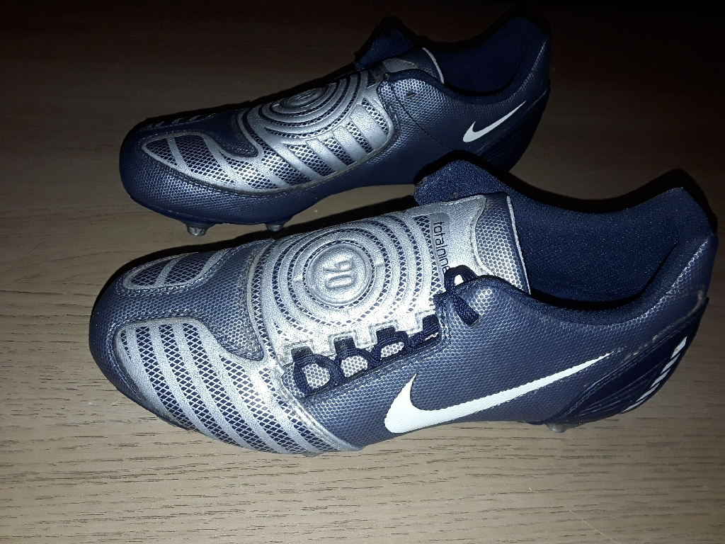 Nike size 5 togs