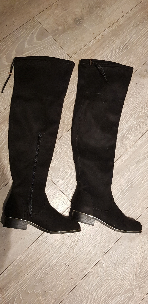 Knee High Faux Black Sweade boots