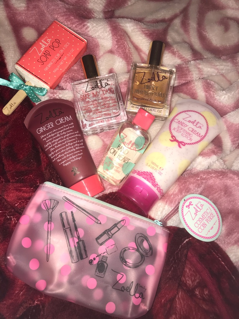 Zoella Beauty Lush Winter Set (Gingerbread and Cake Scent)