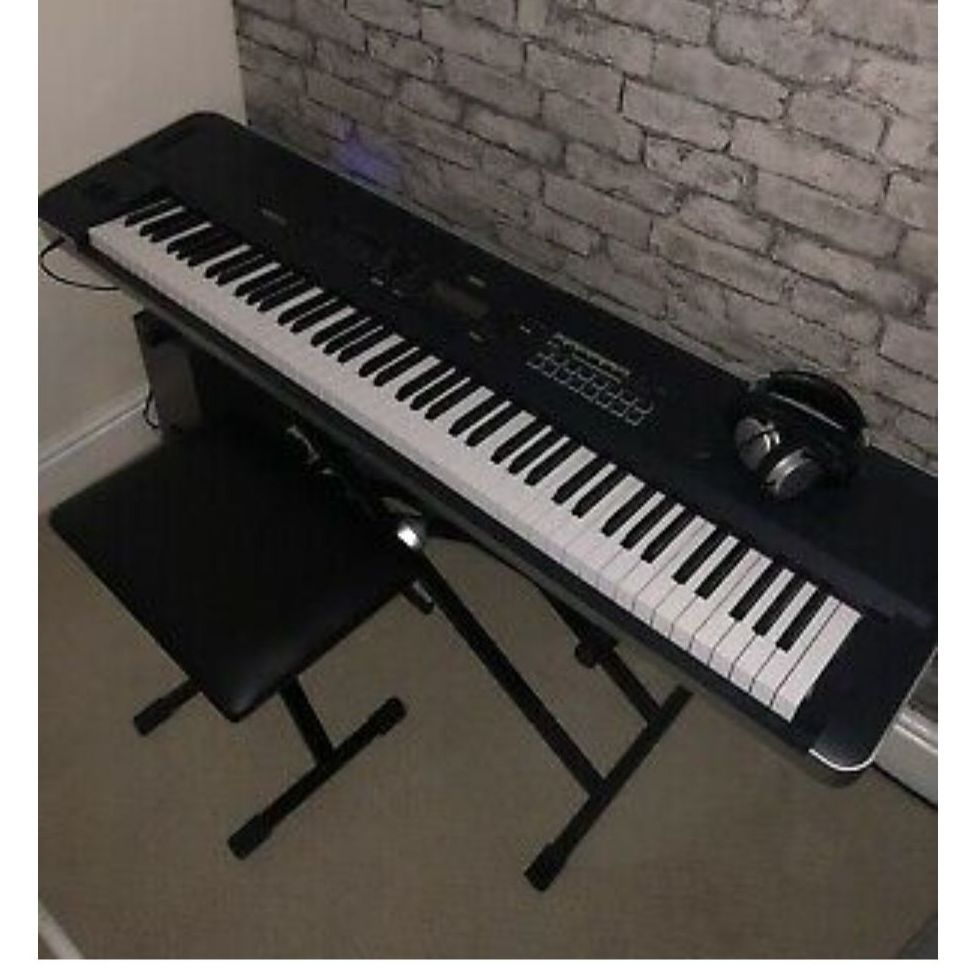 Korg Kross 2 88 Keyboard