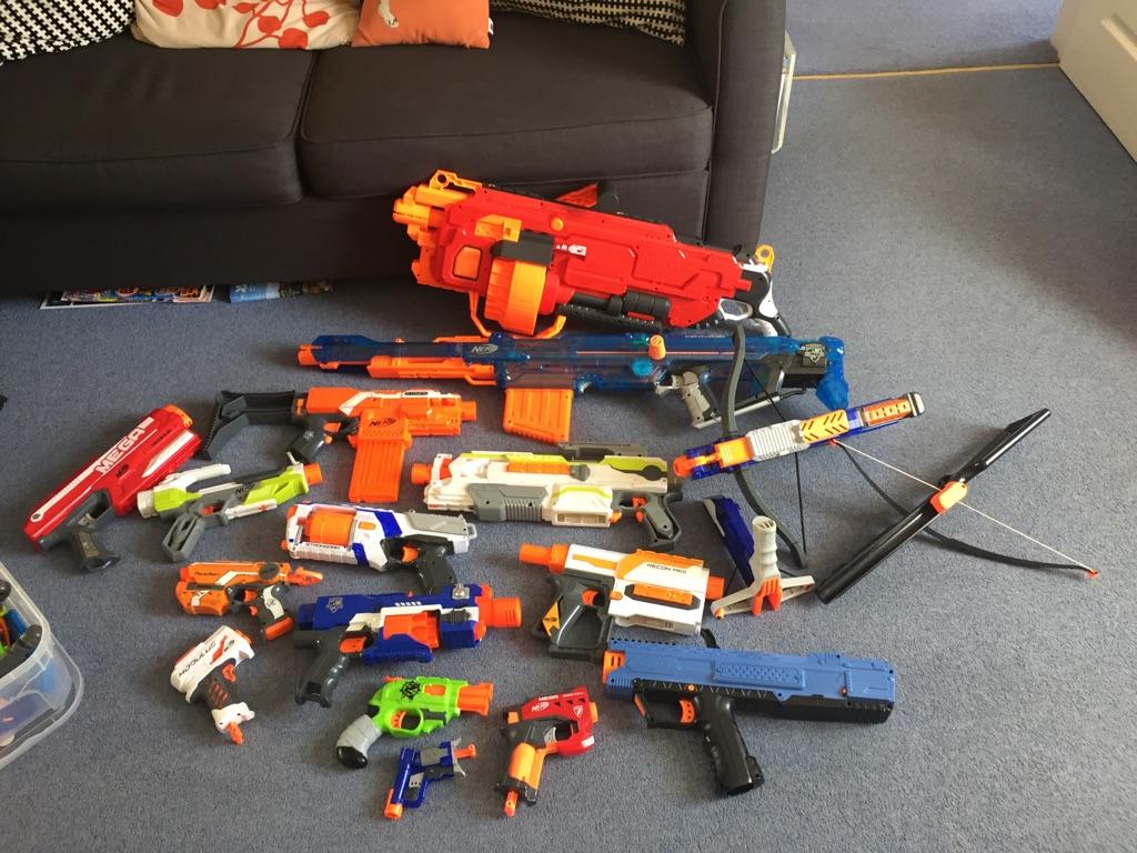 Nerf guns (15)