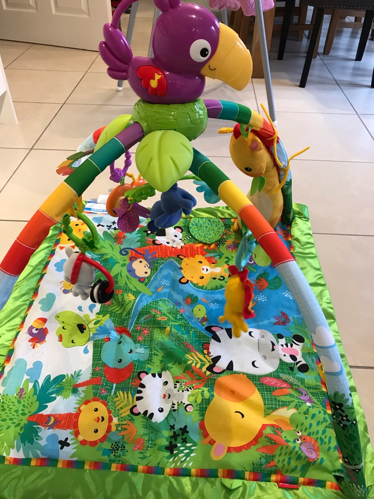 Fisherprice rainforest deluxe play mat/gym