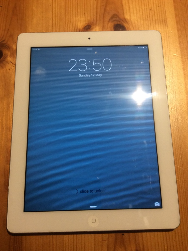 iPad 2 16GB only WiFi