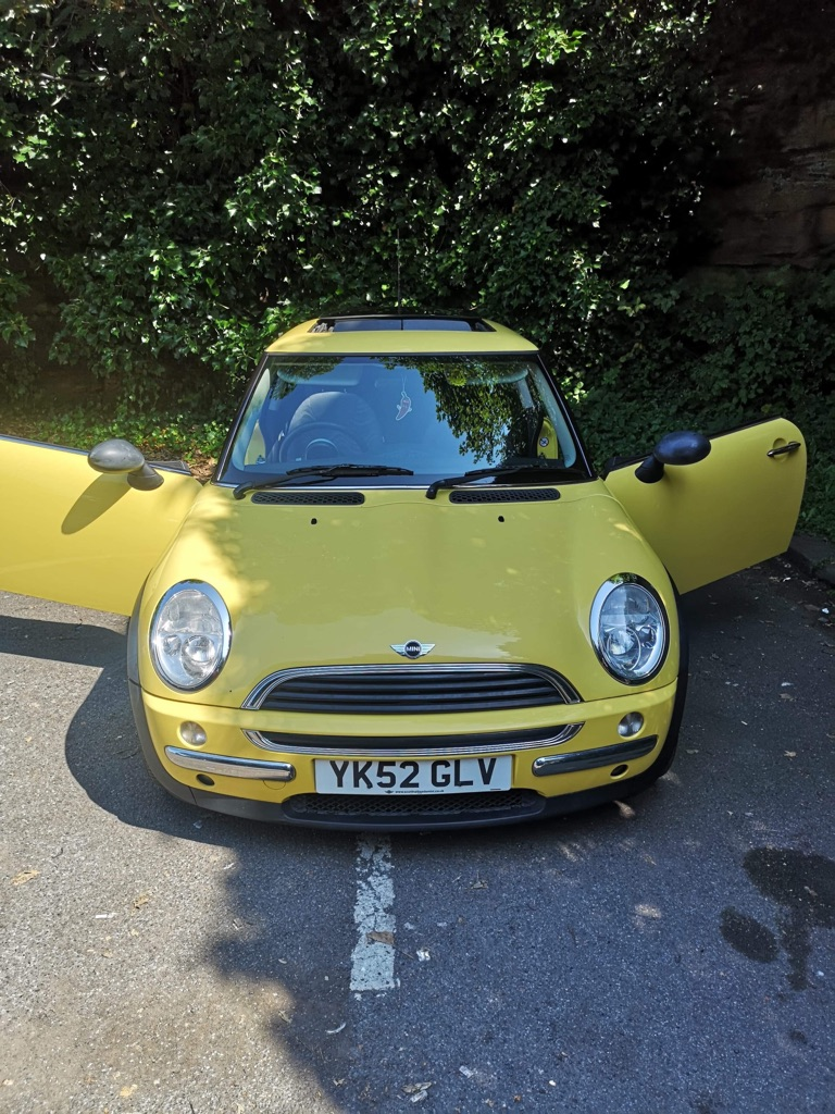 Mini one 2002 manual Petrol