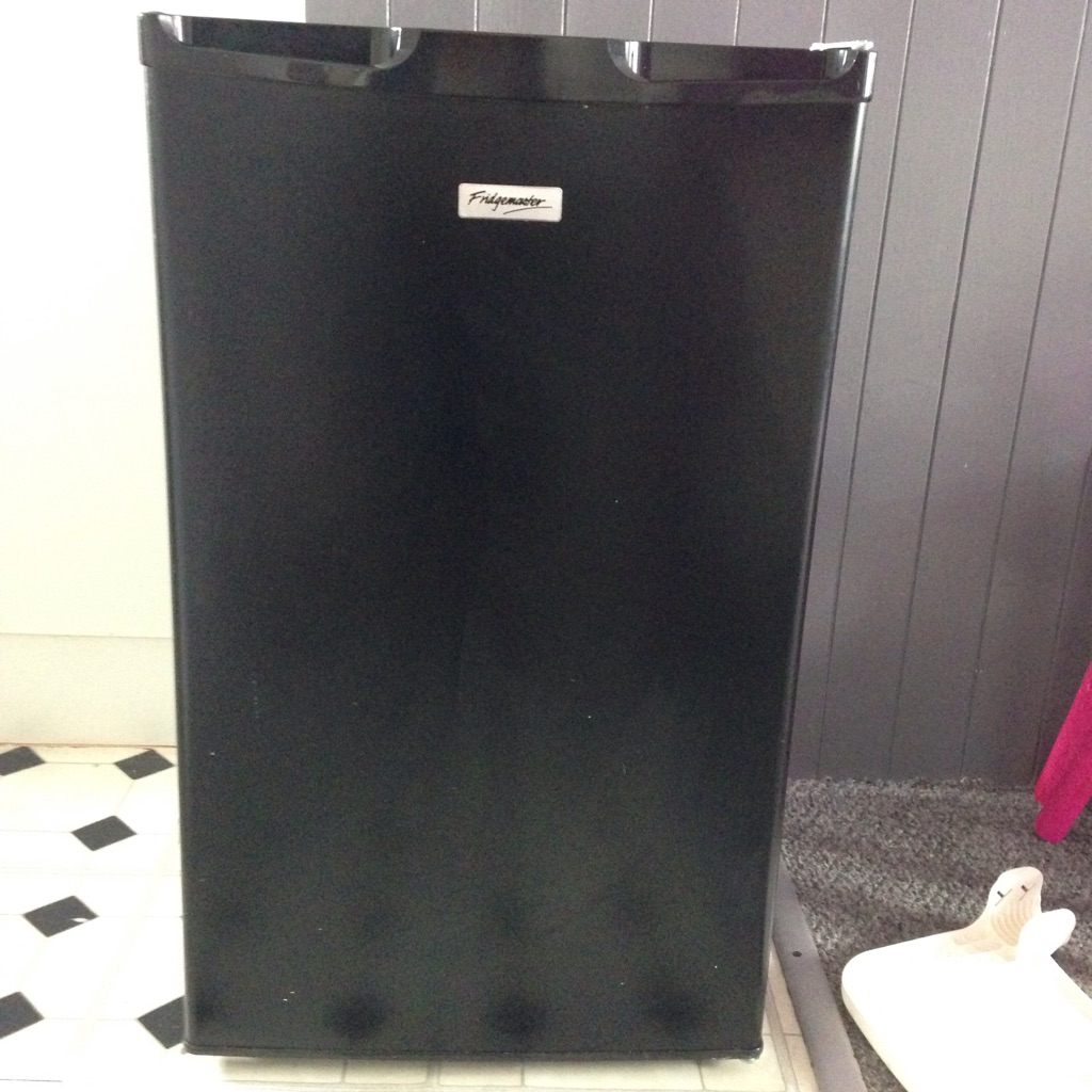 Fridgemaster black fridge