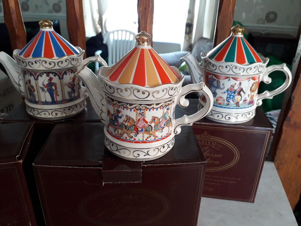 SADLER tea pots Set