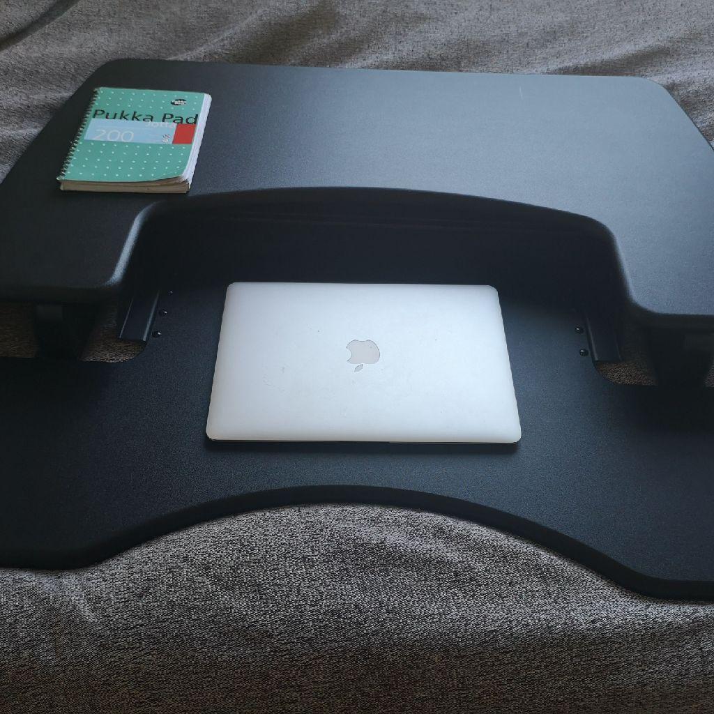 Adjustable standing / sit desk converter