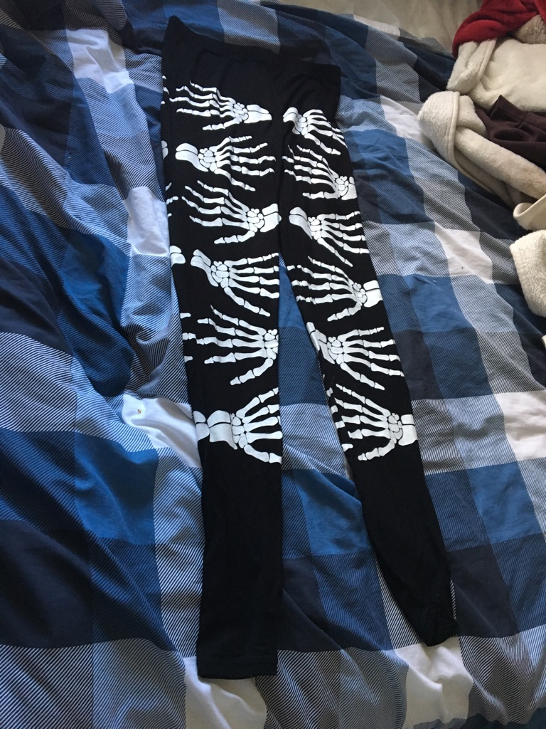 Women's skull handprint leggings
