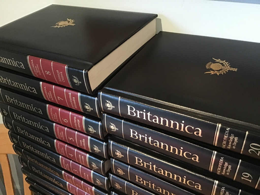 Encyclopedia Britannica 15th Edition & 1987 Medical & Health & 1986-1989 Annuals