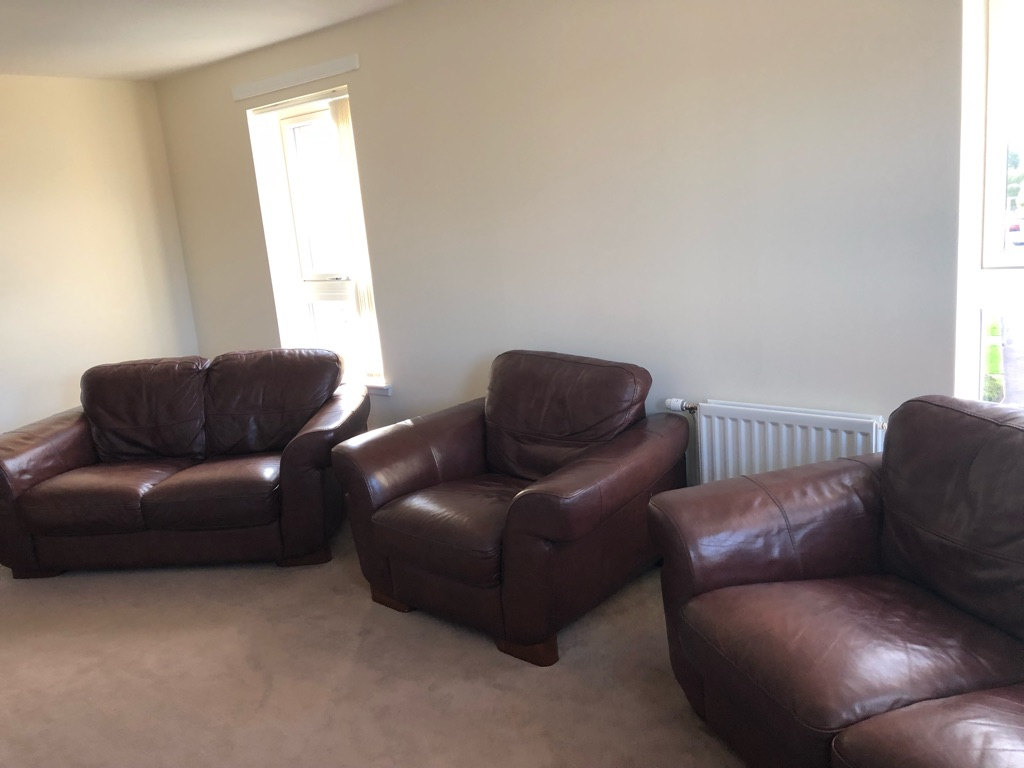 USED 3 PIECE SUITE - URGENT COLLECTION