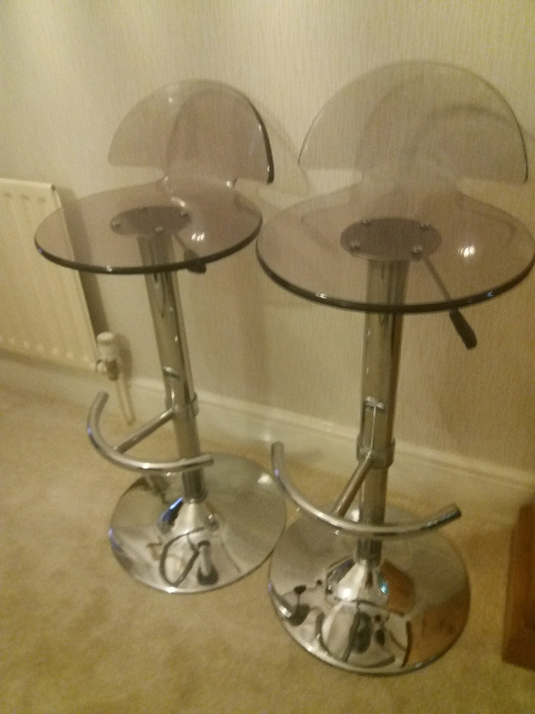 Pair of Chrome Breakfast/Bar Stools