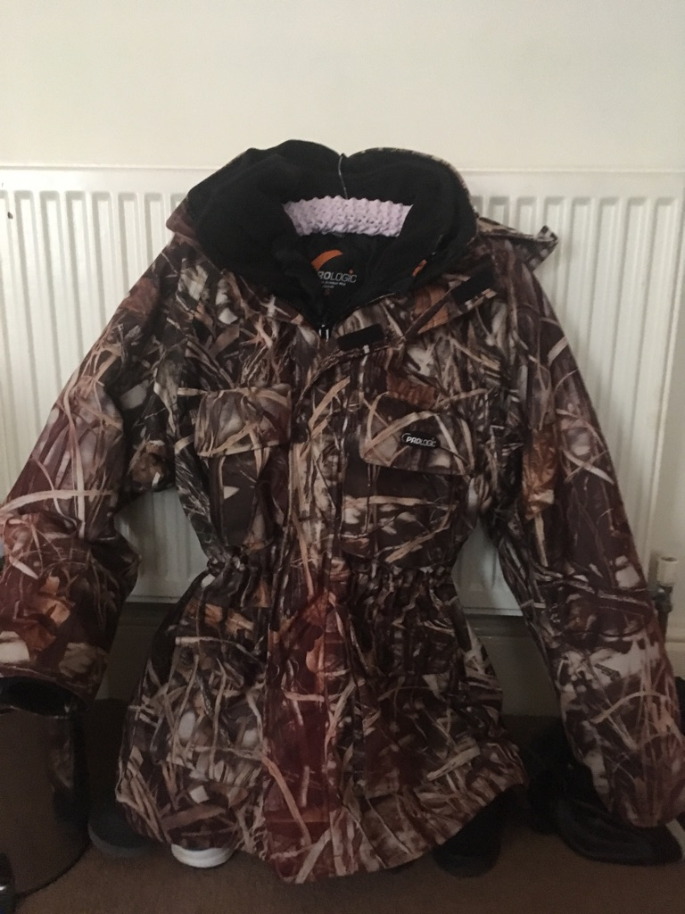 Prologic thermo armour fishing coat