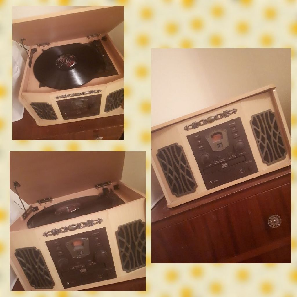 Vintage Antique Record Player