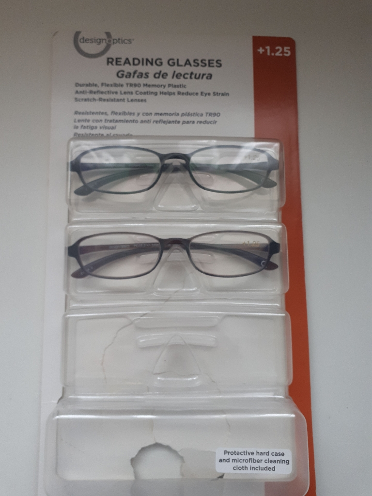 2 pairs of New Reading Glasses +1.25