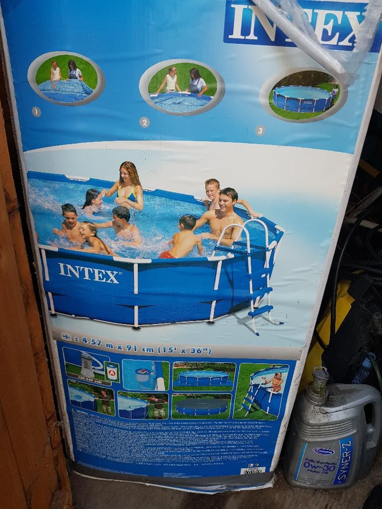 Brand new 15ft swimming pool