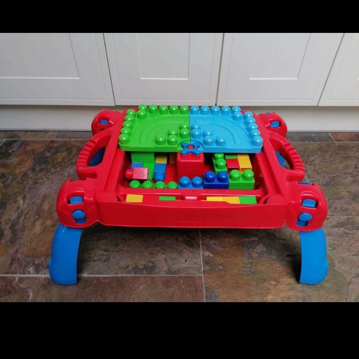 Mega blocks and table